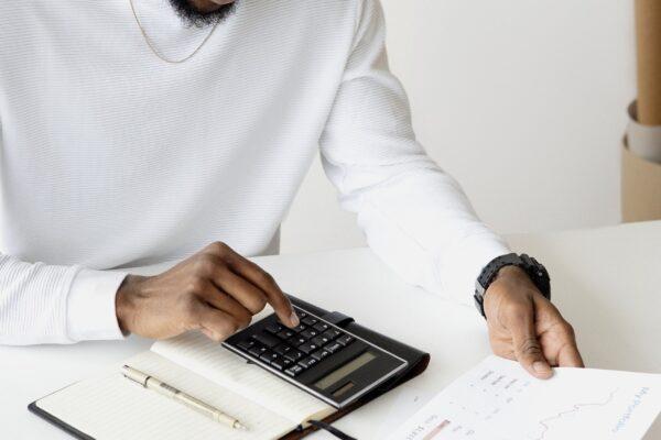 Du finder en god og billig revisor online